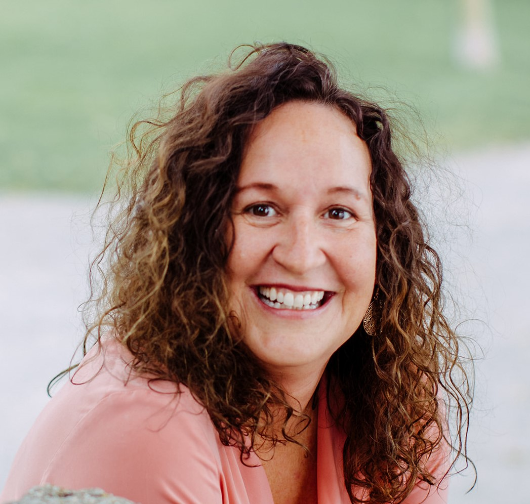 Claudia Dorn - Yogalehrerin, Yogatherapeutin, Trauma Therapeutin