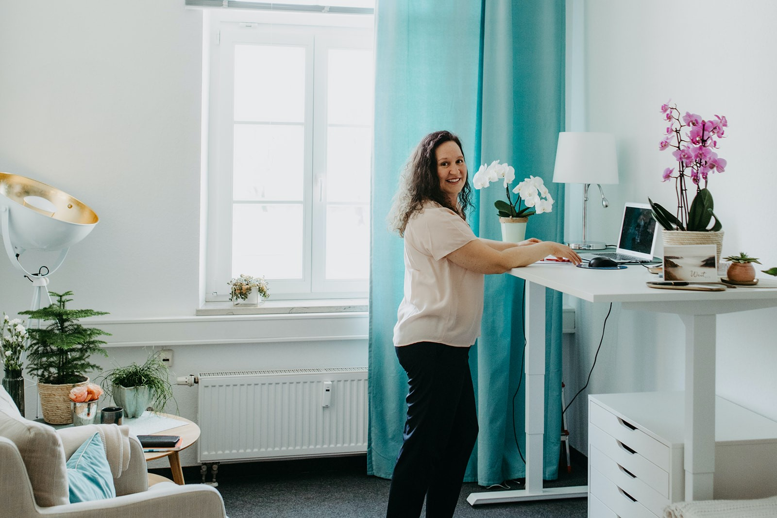 Claudia-Dorn-Yogalehrerin-Therapeutische-Begleitung-Yoga
